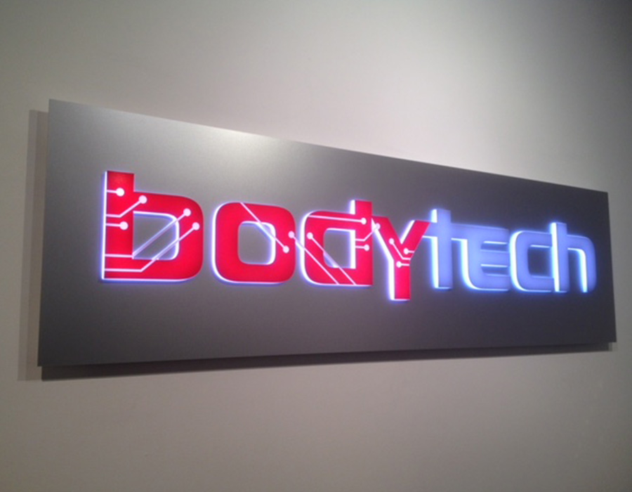 bodytech-signage